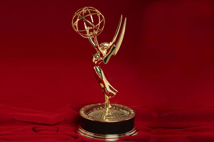 Gli Emmy introducono i premi per